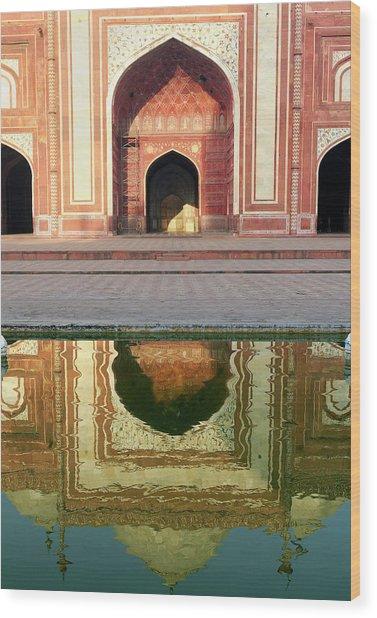 On The Grounds Of The Taj Mahal Wood Print by Steve Roxbury