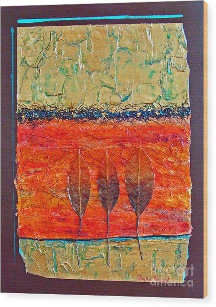 Organic With Three Leaves Wood Print