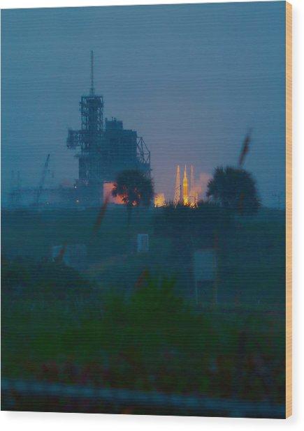 Orion Eft-1 Liftoff Wood Print