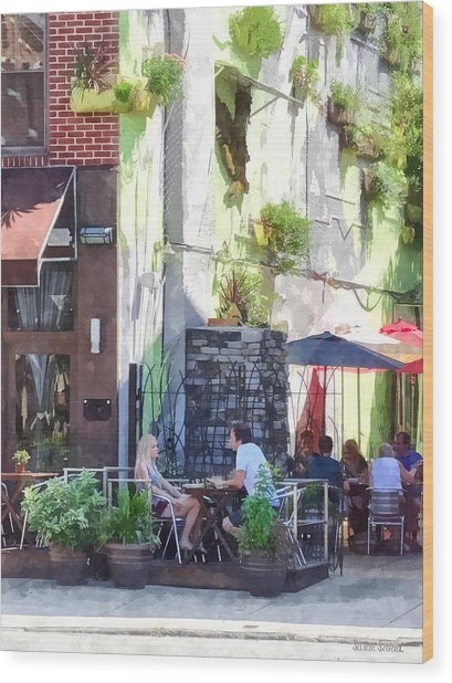 Outdoor Cafe Philadelphia Pa Wood Print