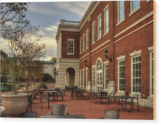 Outdoor Dining At The Courtyard Dining Hall Of Wcu Wood Print