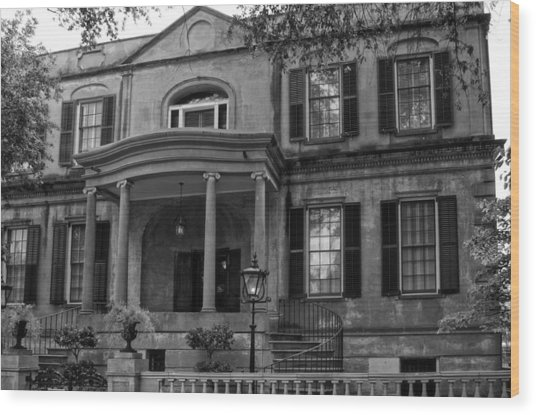 Owens - Thomas House In Black And White Wood Print