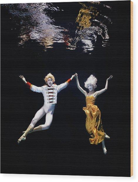 Pair Of Ballet Dancers Underwater Wood Print
