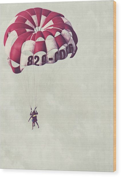 Parasailing The Caribbean Wood Print