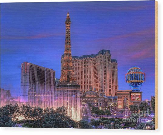 Paris Las Vegas At Sunset Wood Print