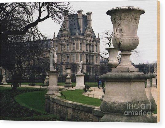 Paris Louvre Tuileries Park - Jardin Des Tuileries Garden - Paris Landmark Garden Sculpture Park Wood Print