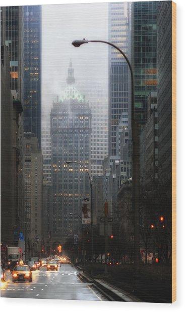 Park Avenue Dawn In Color Wood Print