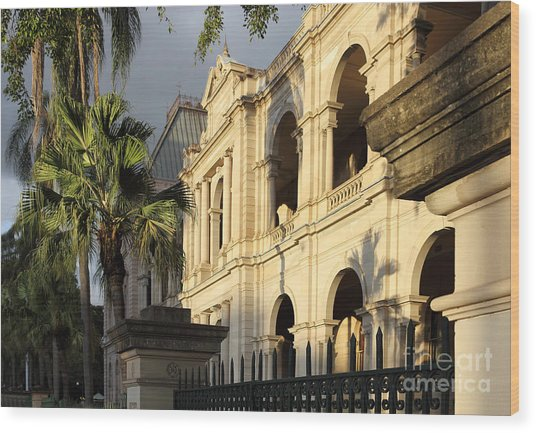 Parlament House In Brisbane Australia Wood Print