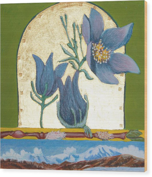 Pasque Flower In The Spring Wood Print by Amy Reisland-Speer