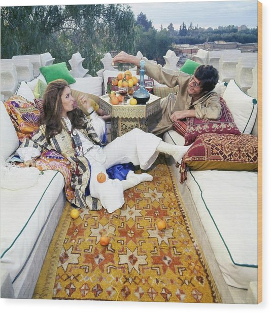 Paul And Talitha Getty On Roof Terrace Wood Print