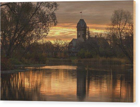 Pavilion Sunrise Wood Print by Stuart Deacon