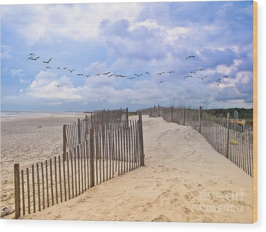 Pawleys Island Beach Scene Wood Print