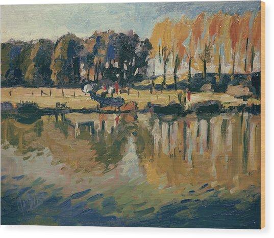 Pecher A L'automne Wood Print