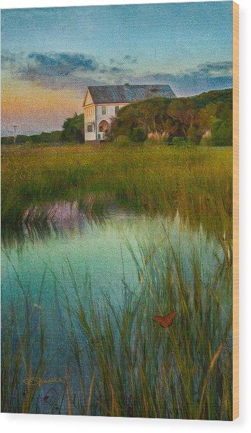 Pelican Inn Wood Print