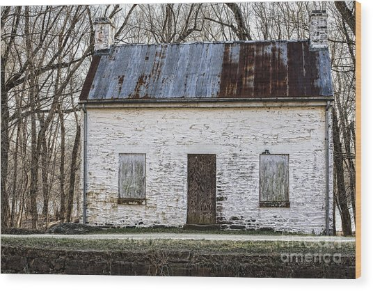 Pennyfield Lockhouse On The C And O Canal In Potomac Maryland Wood Print
