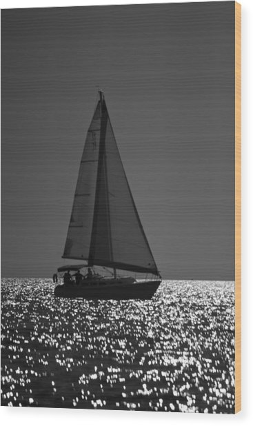 Perfect Sailing Wood Print