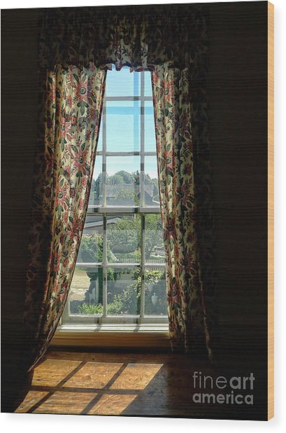 Period Window With Floral Curtains Wood Print