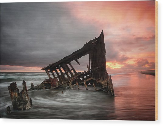Peter Iredale Sunset Wood Print