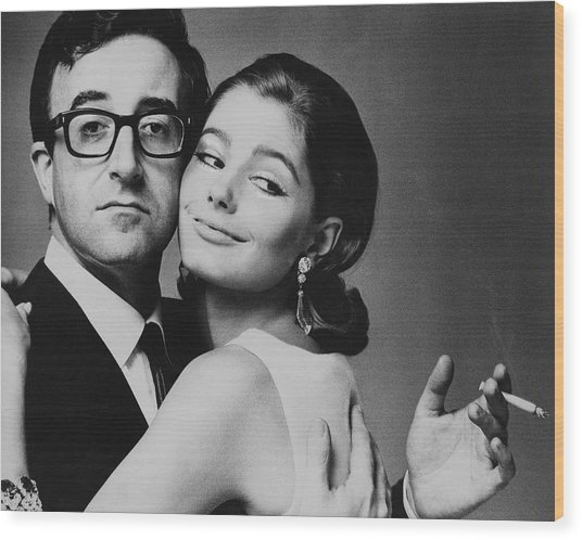 Peter Sellers Posing With A Model Wood Print