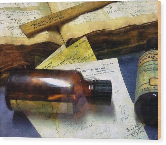 Pharmacist - Prescriptions And Medicine Bottles Wood Print