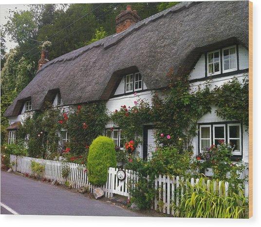 Picturesque Cottage Wood Print