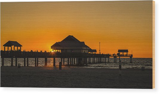 Pier 60 Sunset Wood Print