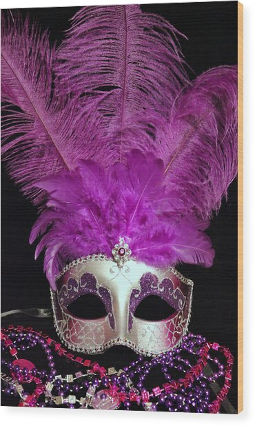 Pink And Silver Mardi Gras Mask Wood Print