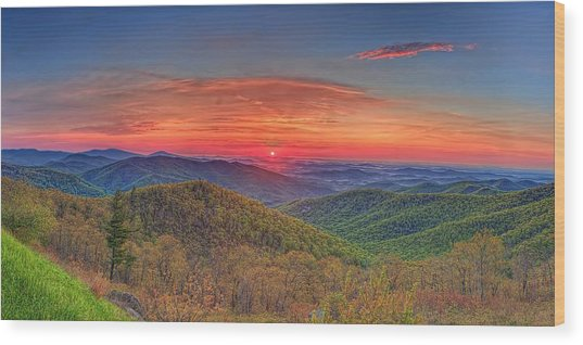 Pink Sunrise At Skyline Drive Wood Print