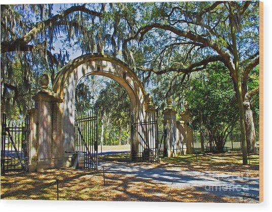 Plantation Gate Wood Print