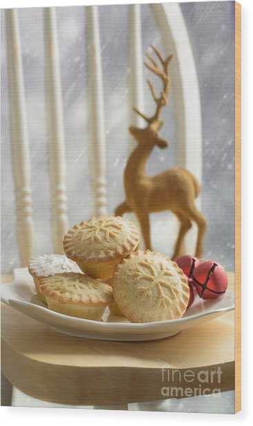 Plate Of Mince Pies Wood Print