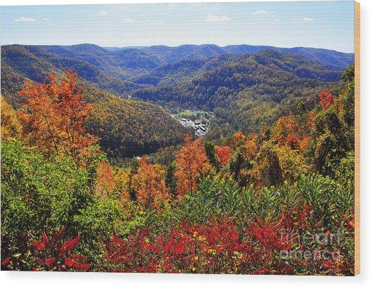 Point Mountain Overlook In Autumn Wood Print
