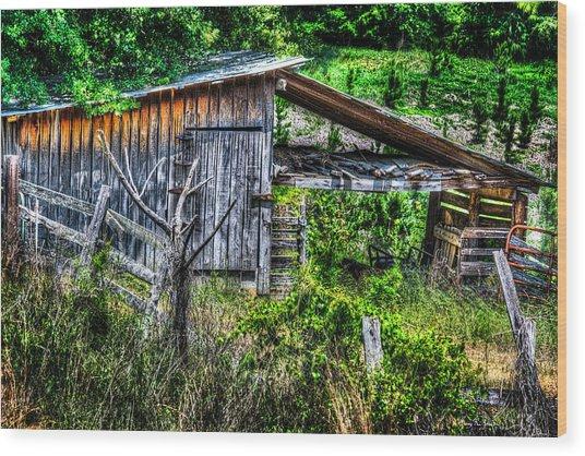 Farm - Barn - Pope - Water Valley Barn Wood Print by Barry Jones
