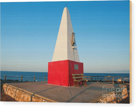 Port Denison Obelisk Wood Print