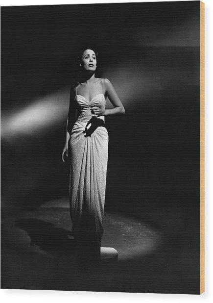 Portrait Of Lena Horne Wood Print by John Rawlings