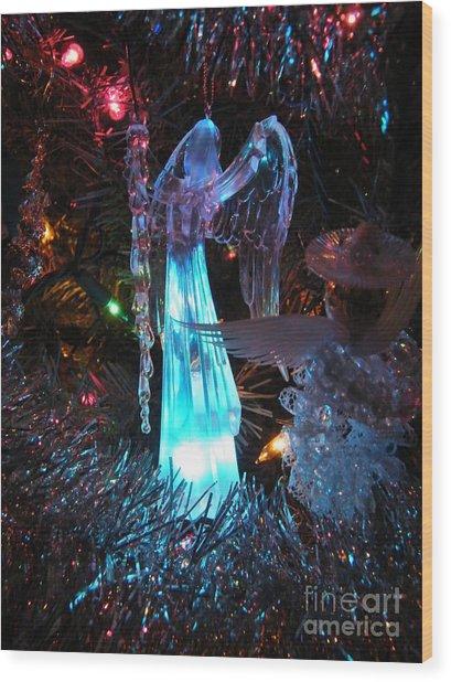 Praising Angel Wood Print