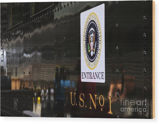 President's Train  Wood Print by Andres LaBrada