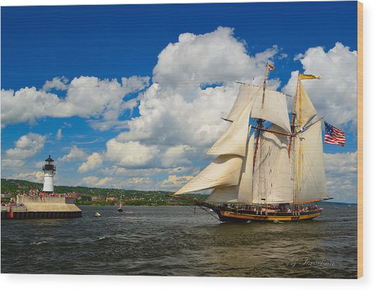 Pride Of Baltimore II Wood Print