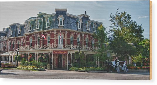 Prince Of Wales Hotel 9000 Wood Print