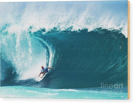 Pro Surfer Kelly Slater Surfing In The Pipeline Masters Contest Wood Print
