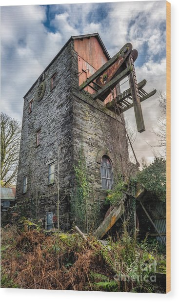 Pump House Wood Print