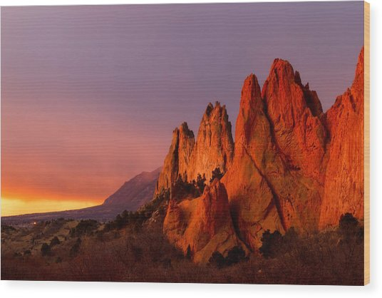Purple Morning At Garden Of The Gods Wood Print