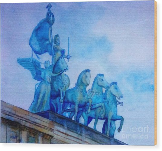 Quadriga At Grand Army Plaza Wood Print