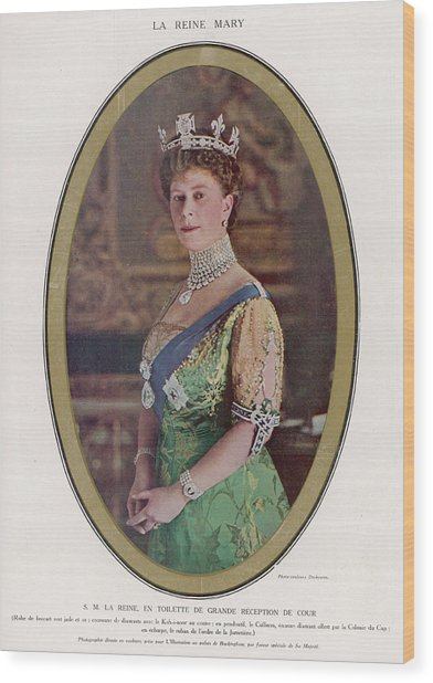 Queen Mary (1867 - 1953) Wearing Wood Print by Mary Evans Picture Library