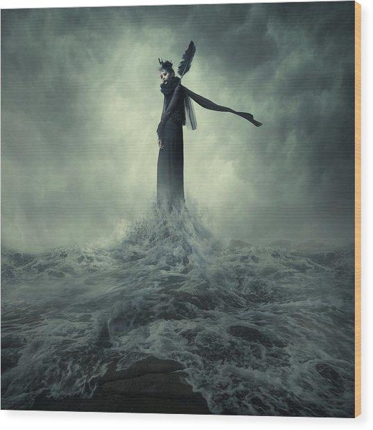 Queen Of The Darkness Wood Print
