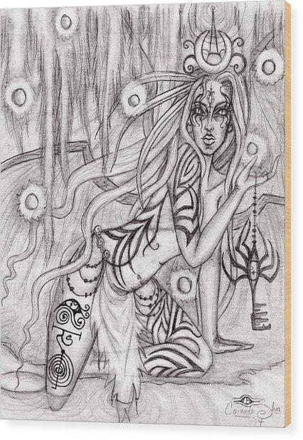 Queen W' Alatien Wood Print by Coriander  Shea