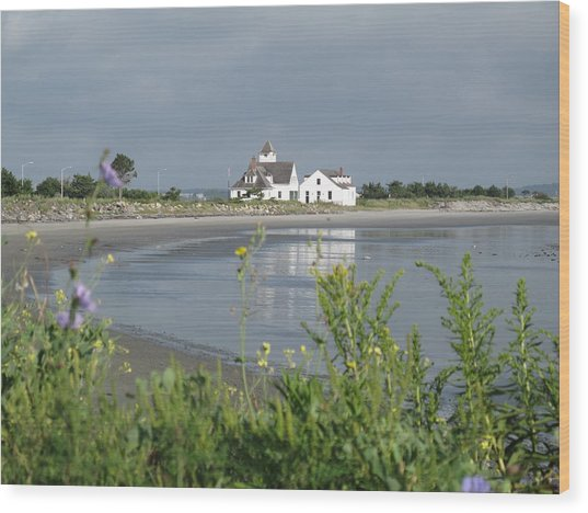Quiet Beach Nahant Wood Print