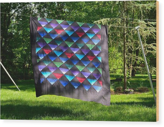 Quilt Top In The Breeze Wood Print