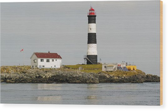 Race Rocks Lighthouse Ecological Preserve Wood Print