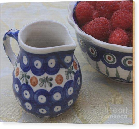 Raspberries With Cream Wood Print