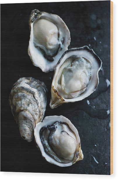 Raw Oysters Wood Print by Jack Andersen